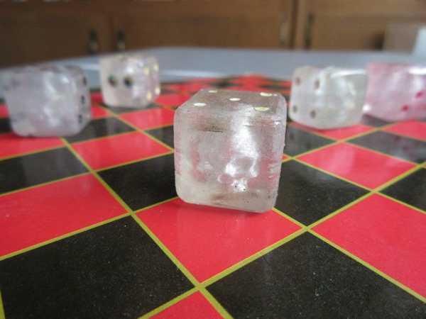 Şeffaf 3D Baskı için Gömülü Kafatası Zar Süs Eşyası Aksesuar