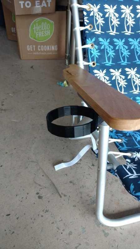 Plaj Sandalyesi İçin Yeti Bardak Tutucu Organik Plastikten Aparat
