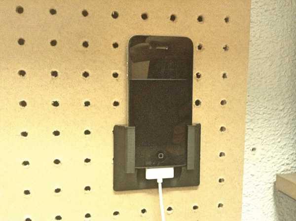 iPhone 4 delikli pano tutucu  Organik Plastikten Aksesuar