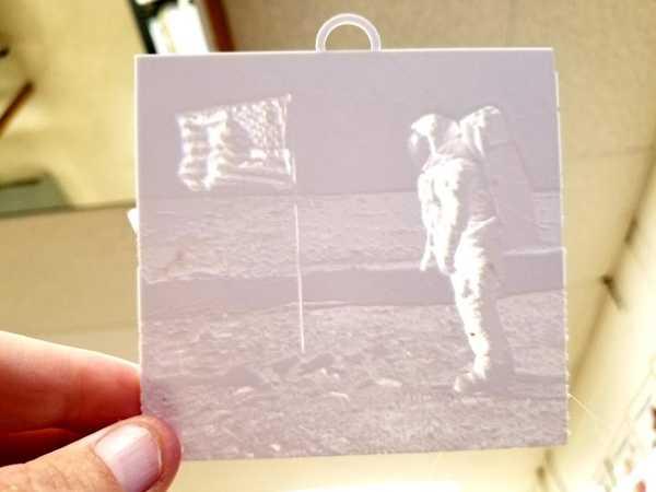 Apollo 11 Litofan Plastik Aparat