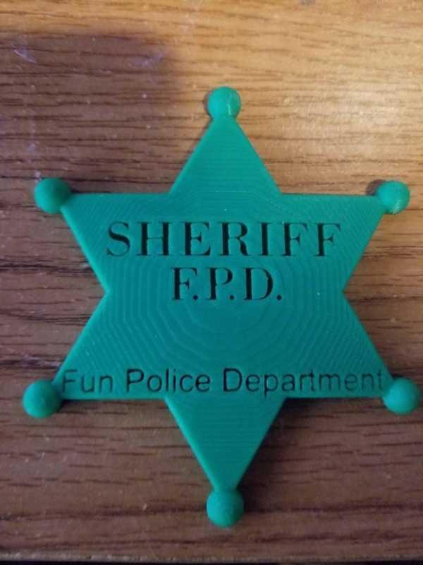 Eğlenceli Polis Yazan Şerif Rozeti. Plastik Aparat
