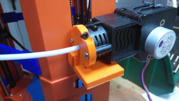 101hero ekstruder motor desteği  Organik Plastikten Aparat