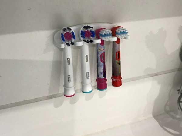 Oral B Diş Fırçası Tutacağı  Banyo Organizeri Tutacak Aparatı