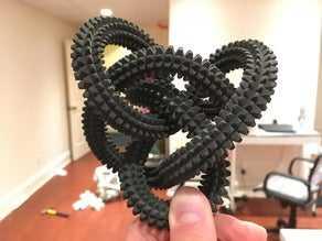Dev Dikenli Perko Düğümü  Organik Plastikten Aksesuar Dekoratif