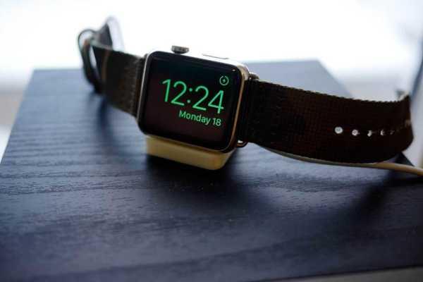 Tiny Apple Watch Nightstand ... Standları ... * Yeni * Plastik Aparat