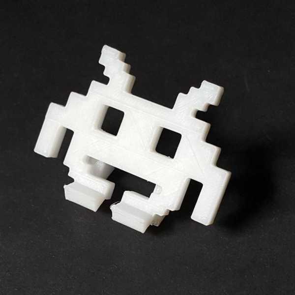 Space Invader Masaüstü Telefon Tutucu Uzay İstilacısı Canavar