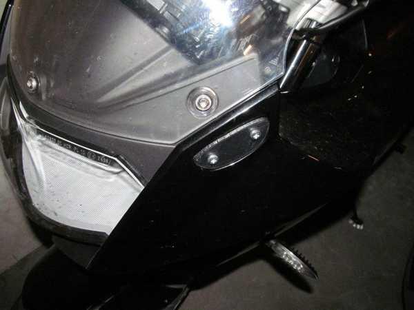 BMW araçları için ayna braketi kapağı  Organik Plastikten