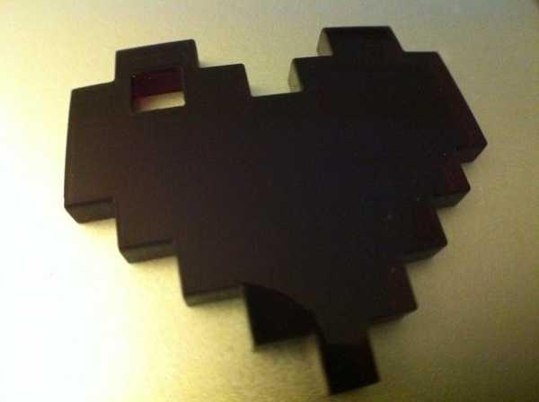 8-Bit Kalp Kolye veya Anahtarlık Dekoratif Aksesuar Süs Eşyası