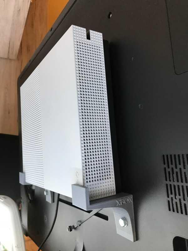 VESA montajı için Xbox One S tutucu