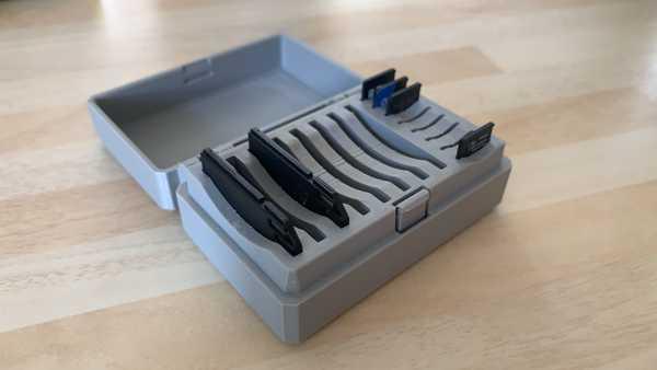 Menteşeli SD ve Micro SD Kart Kutusu - 16 Yuva - Hepsi Bir Arada