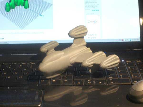 Toptan Roket Retro 009 (Bir Geçişte Uçak) Plastik Aparat
