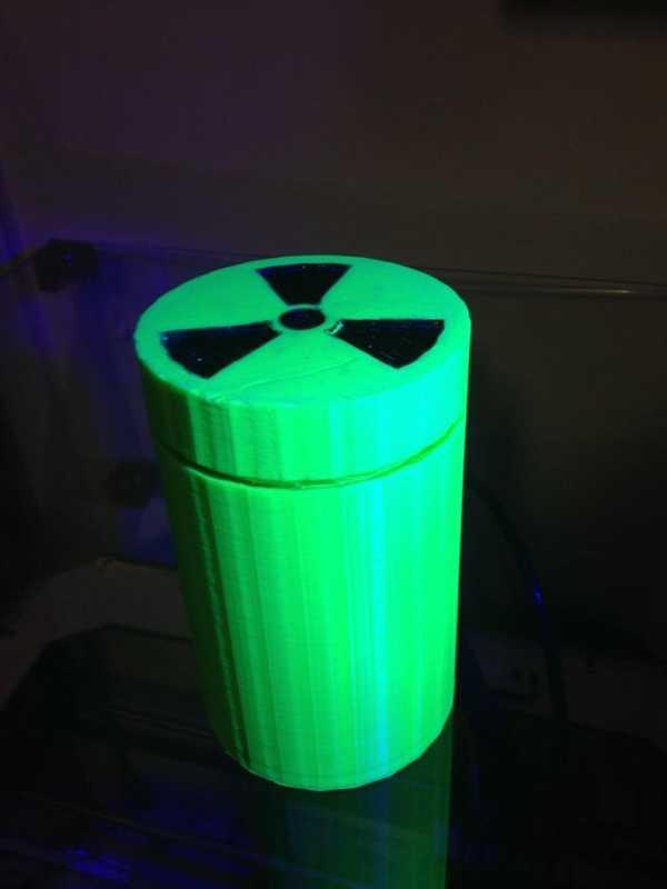 Radyoaktif Örnek Kutusu Plastik Aparat