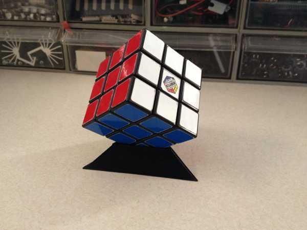 Rubik Zeka Küp Kübü Yapboz Standı Tutucu Masaüstü Organizer