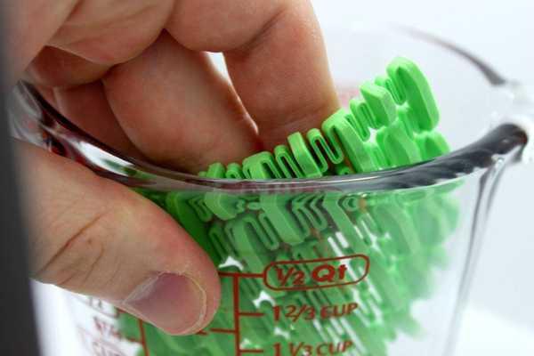 Lavabo Fırçası Plastik Aparat