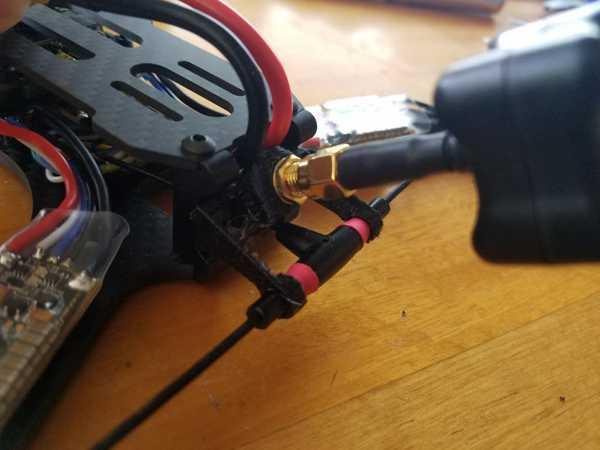 Toptan Takım Siyah Koyun (Tbs) Ölümsüz T Anten Ve Vtx Anten Tutucu Armattan Bukalemun Uzun Menzilli (Lr) 7 İnç Çerçeve Kiti Plastik Aparat