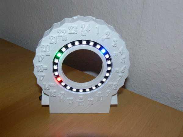 24 saat LED İzle Organik Plastikten Aksesuar Dekoratif