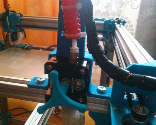 Ekstruder motor tutucu  Organik Plastikten Dekoratif Aparat