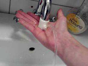 Su Musluğu Çeşmesi  Organik Plastikten Aksesuar Aparat