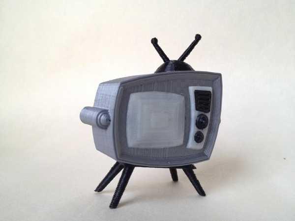 Retro Televizyon Plastik Aparat