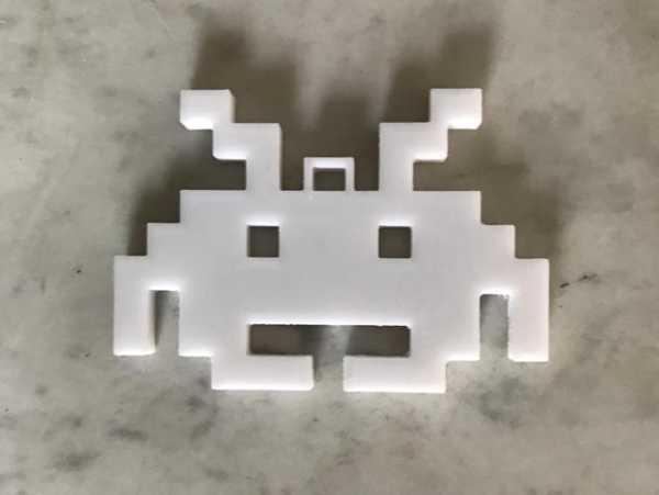 Space Invader Süsü Anahtarlık Hediyelik Eşya Plastik Anahtar Süsü